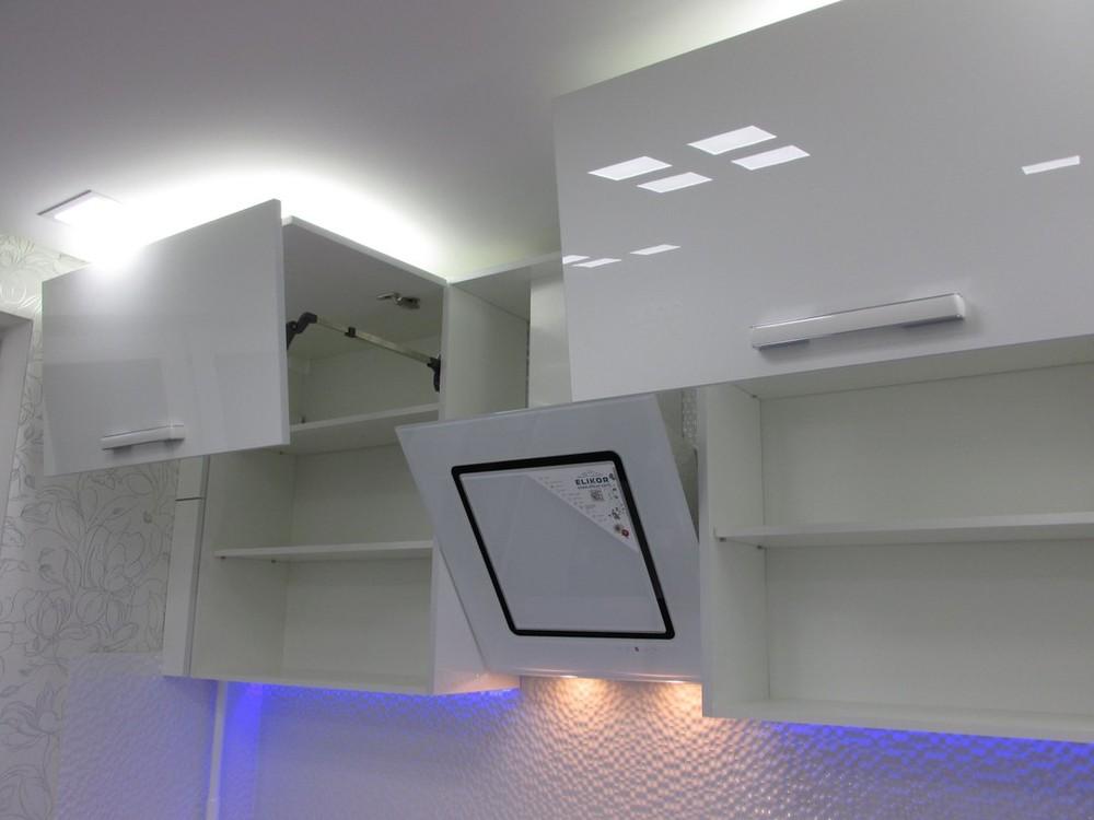 Белый кухонный гарнитур-Кухня из пластика «Модель 143»-фото3