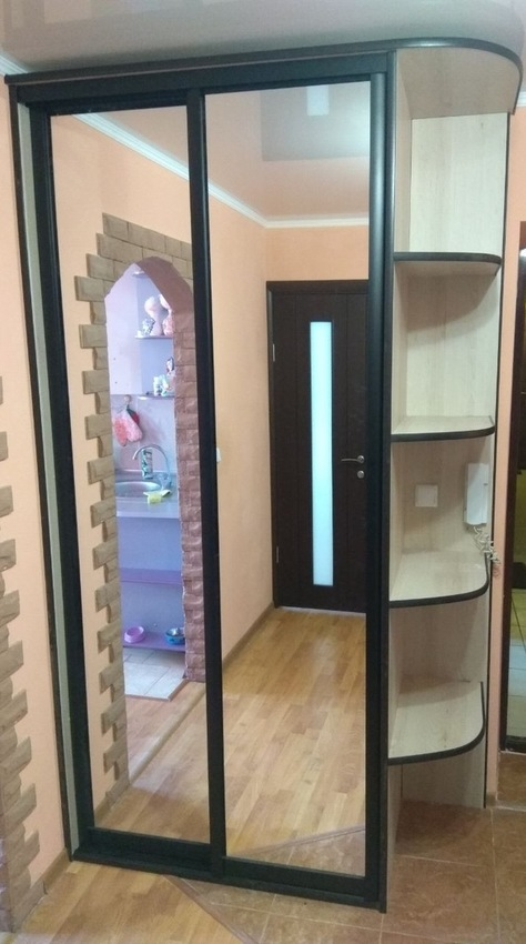 Бельевой шкаф-купе-Шкаф-купе с зеркалом «Модель 380»-фото1